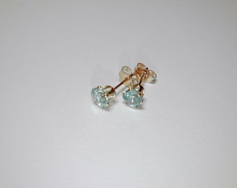 4,5mm Round Blue Zircon stud earrings