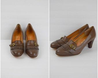 Vintage Etienne Aigner taupe leather fringe shoes / buckle front pumps