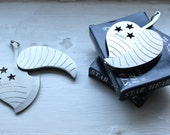 Heart & Stars Heavy Leaf Shaped Pocket Knife Pendant Fob