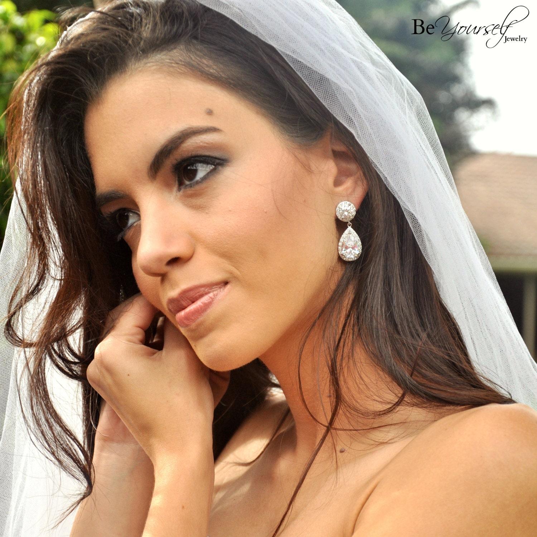 White Crystal Bridal Earrings Cubic Zirconia Teardrop Bride Earrings Statement Wedding Earrings CZ Bridesmaid Gift Crystal Wedding Jewelry
