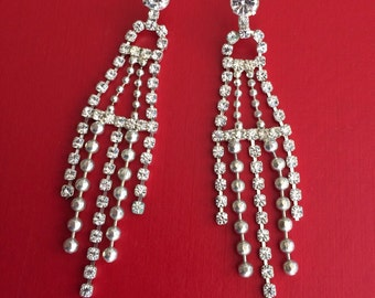 Lovely silver tone prong set rhinestone chandelier earrings