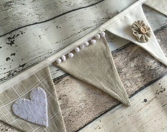 Linen hearts & flowers bunting banner