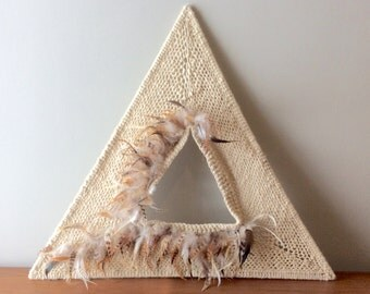 Vintage Triangle Woven Fiber Feather Wall Hanging