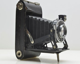 Vintage 1950 Agfa Adox Folding Bellows 120 Medium Format 6x9 Camera in Working Condition, Germany