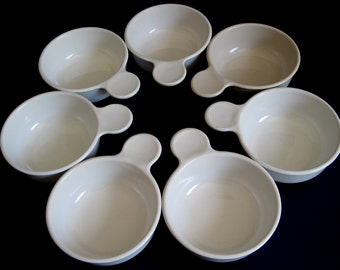 Corning Grab It Bowls & Plates P-185-B, Clear Round Bowl Lid P-150-C, White 15 oz P-150-B
