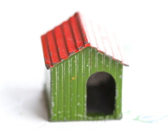 Weathered Dog House - Iron Cast Little Antique Farm Lead Toy - Made in England Britains Ltd