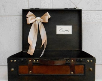 Suitcase Wedding Card Holder / Wooden Card Holder / Rustic Wedding Card Box / Wedding Decorations / Wedding Gift Table / Wedding Trunk