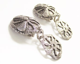 Modernist ASSAI Paris Pewter Dangle Earrings 1970s France Clip on Brutalist