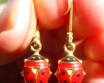 So Cute.....Lady Bugs in yellow gold earrings.....dangle.....tons of detail with enamel