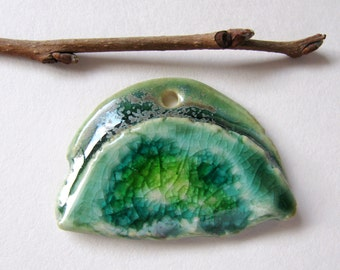 Green Mountain Pendant Stoneware Clay