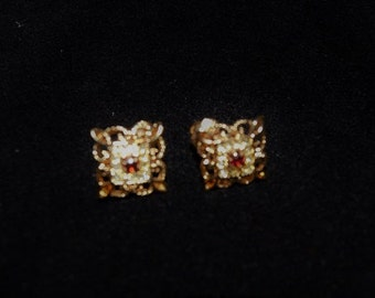Vintage earrings, gold tone with stones