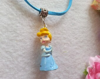 10 Cinderella Figure Necklaces Party favors