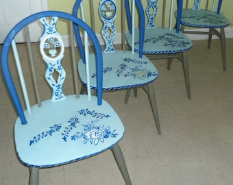 Bespoke 5 piece dining room set with drop leaf  table hand painted inive and blue.