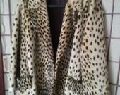 NOW ON SALE Stunning High End Classy Leopard Cheetah Faux Fur Coat * Zanzibar by Fairmoor * Marilyn Monroe Rockabilly Jacket * Old Hollywood
