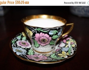 Christmas In July Sale Rosina Bone China Tea Cup & Saucer Set * Made In England * 1930's 1940's Art Deco Home Decor Collectibles
