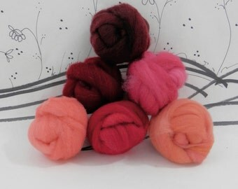 Wooly Buns roving, fiber sampler, assortment, needle felting supplies in Poinsettia, 1.5 oz 6 piece roving collection, Red holiday shades
