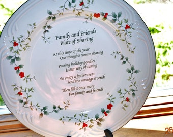 "Pfaltzgraff  Winterberry 12"" Family and Friends Plate of Sharing"