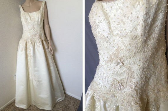 Neiman marcus wedding gown san carlin couture by for Neiman marcus wedding dress