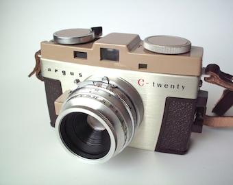 Vintage Argus C-Twenty Camera with Original Leather Case, Mint, Excellent Condition