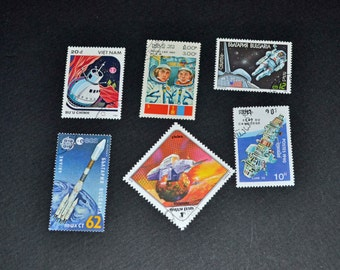 50 Space stamps from around the  world some mint B71
