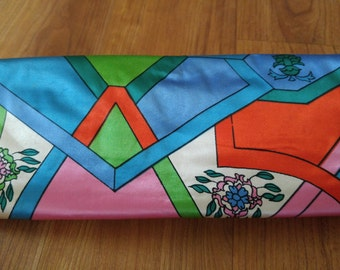 60s retro cosmetic / jewelry  travel roll up bag by Celebrity Inc, NY