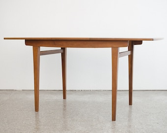 Mid Century Modern Extension Dining Table