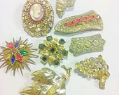 Antique Vintage Brooches, Brooch, Pins, Lot of 8 antique brooches, Costume Jewelry, Rhinestone Brooches