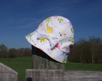 Chemo Hat Cloche Style Cotton Print in White, Pink, and Yellow for Women satin lined with a lace bow Ready to Ship