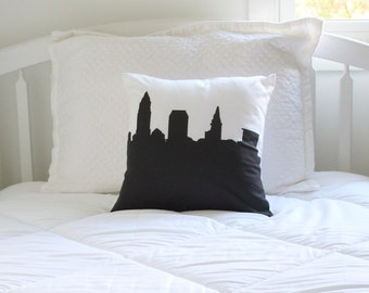 Cleveland City Pillow - 14x14 - Skyline Silhouette - Throw Pillow