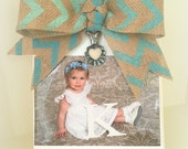 Rustic Wood Photo Holder Shabby Wedding Picture Frame Vintage Clip  Photo Baby Picture Block 5 x 7  4 x 6  Chevron Bow STANDS ALONE