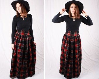 Vintage Plaid High Waisted Maxi Skirt / Size Small/Medium
