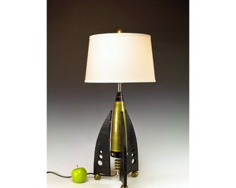Retro Rocket table lamps.. 241. Steam punk industrial. Mid century modern. 50s Atomic. Green. Peridot.