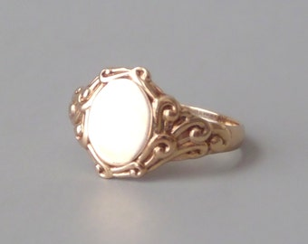 Antique Rose Gold Signet Ring. JR Wood. 18k. Size 9.