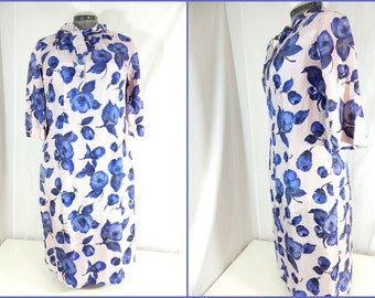Vintage shift dress with sleeves and neck tie, knee length, patterned, light pink with navy flowers, handmade, ladies, woman's