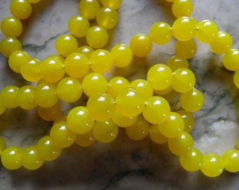 Yummy Yellow Jade Bead Necklace