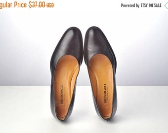 ON SALE Vintage Black Leather Heels / Bruno Magli Italian Designer Shoes
