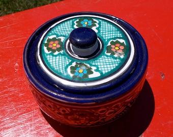 LOZA POBLANA Mexican Ceramic Pottery Covered BOWL
