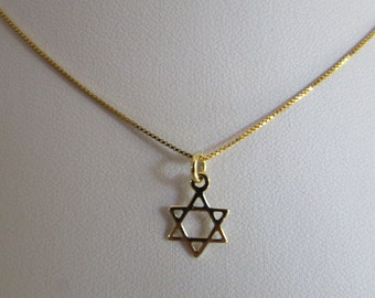 14K Gold Star of David Necklace, Small Star of David Charm, Gold Star of David Pendant on Gold Chain, Dainty and Pretty