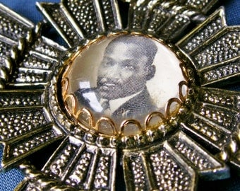 Vintage Black Americana Southern Christian Leadership Conference Martin Luther King MLK Ornate Maltese Cross Pendant Necklace