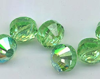 Wow - 12 vintage Swarovski crystal beads: Art. 5101 - 7 mm - peridot AB