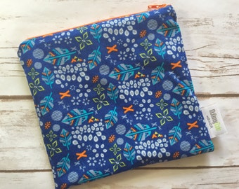 Reusable Snack Bag ~ Sandwich Size ~ Reusable Lunch Bag ~ Eco Friendly ~ Water Resistant ~ Zipper Pouch in Larkspur