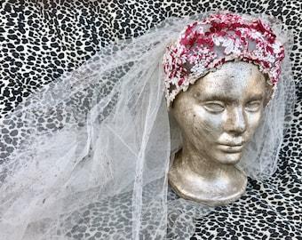 Vintage Upcycled Blood Splattered Long Ivory Wedding Veil. Zombie Bride, Dead Bride, Corpse Bride, Psycho, Vampire Halloween Costume