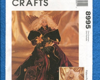 McCall's 8995 Old World Inspired Angels Pattern UNCUT