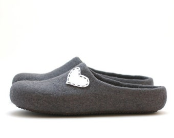 Women house shoes - felted wool slippers - Valentine day gift  - grey with white heart