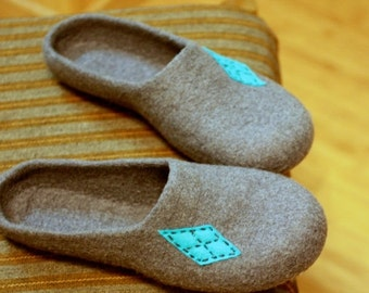 SALE Men felted wool slippers - grey house shoes - Fathers day gift