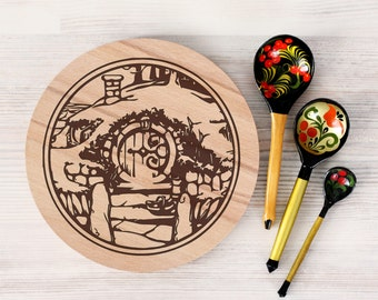 Hobbit door cutting board - Lord of the Rings - Personalized Engraved Cutting Board
