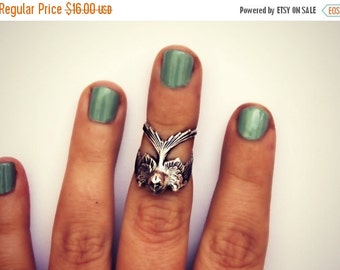 FALL SALE knuckle ring silver bird, midi ring, bird ring, silver knuckle ring, unique ring