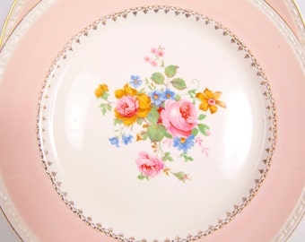 Vintage Homer Laughlin Eggshell Georgian Marilyn pattern G3418 2 Dinner Plates Pink Border Floral Cluster Center
