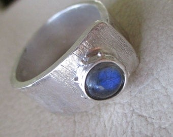 Labradorite Wide Band Ring - Adjustable Open Band Ring - Rainbow Blue Flash Ring - Artistic jewelry - Ready to Ship
