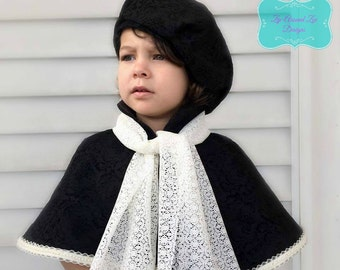 Holiday Beret and Fitted Capelet